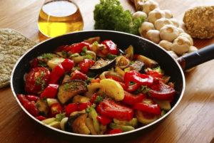 Как вкусно приготовить овощное рагу