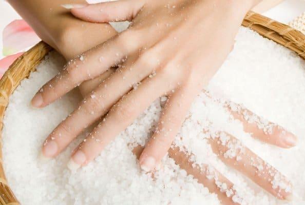 Как снять с себя сглаз и порчу в домашних условиях солью; Вот так. ру