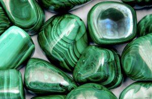 Магия камня малахит - как она проявляется, кому подойдет